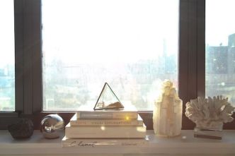 windowsill-muted-colours